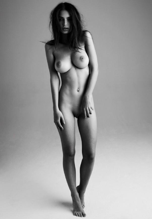 http://zengarage.com.au/wp-content/uploads/2013/06/EmilyRatajkowskiTotalyNudeSensualGirlsPhotoshoot8-602x864.jpg