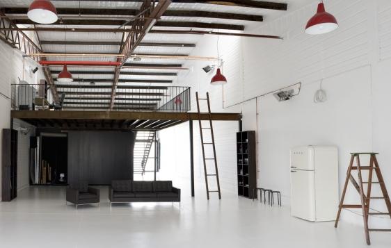 SetWidth562-Studio1a