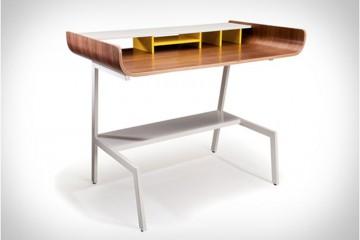 half-pipe-desk