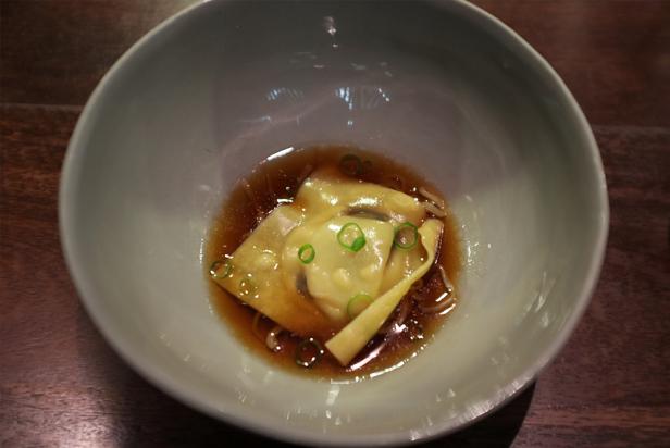 09.29--momofuku---wonton