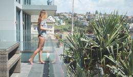 sophie_balcony3