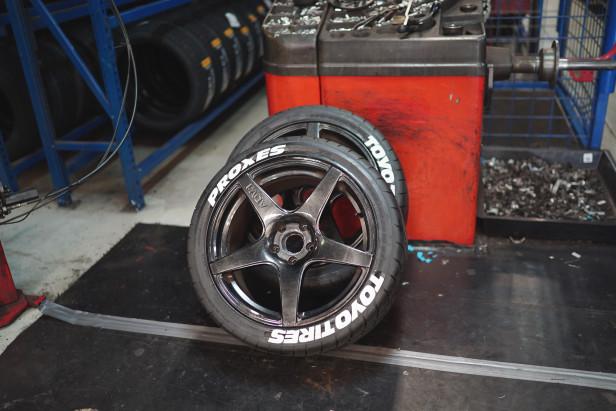 5_vwgolf_r32_abt_supercharged_toyo_rir_spinningwheel