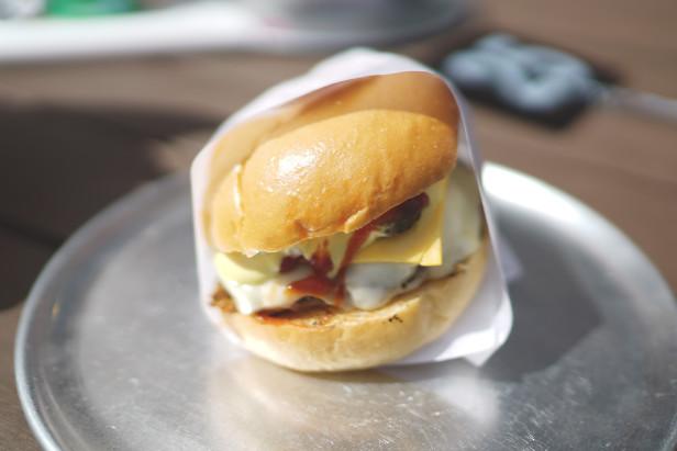 belfield_on_botany_cheeseburger_justinfox