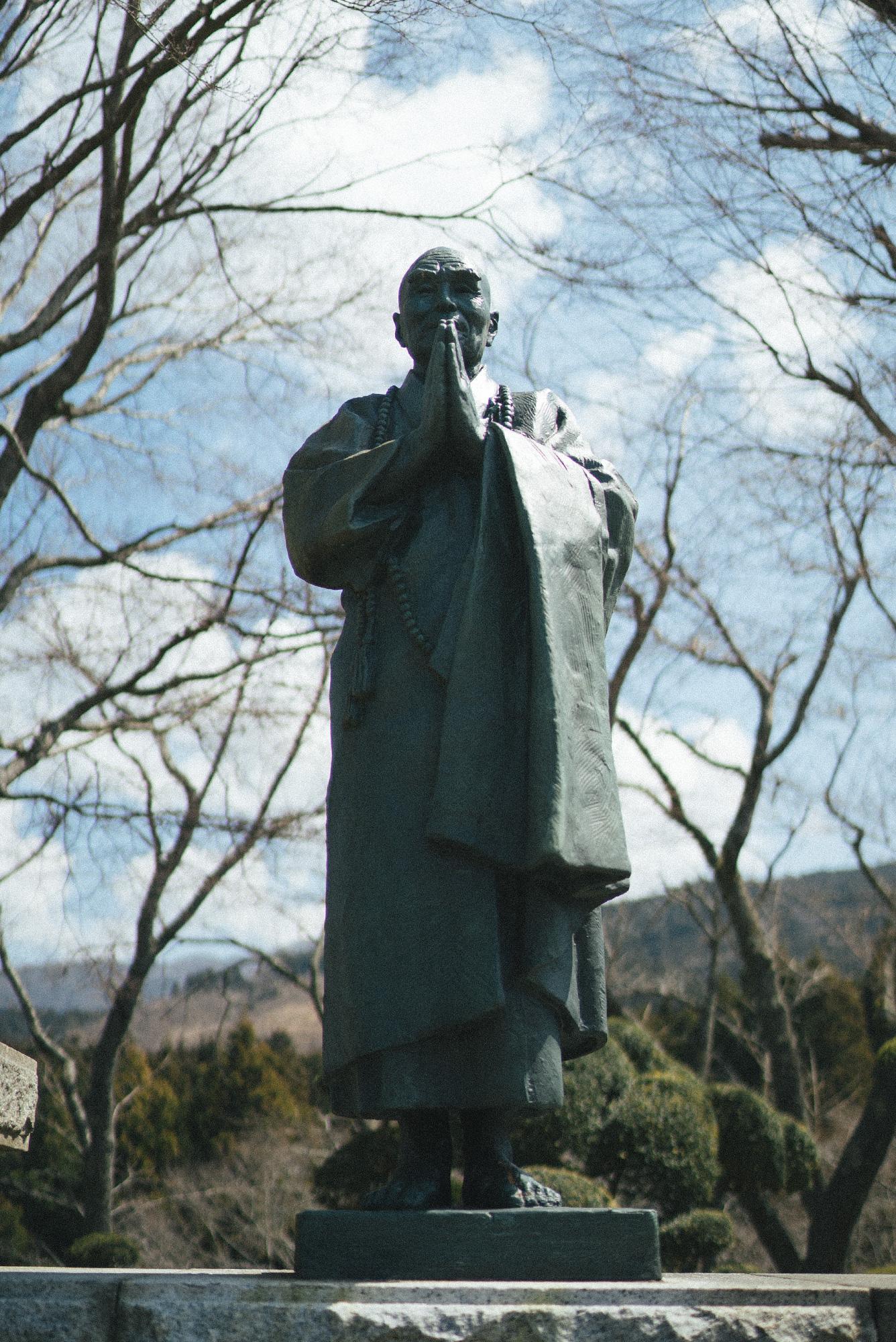 statue_zen