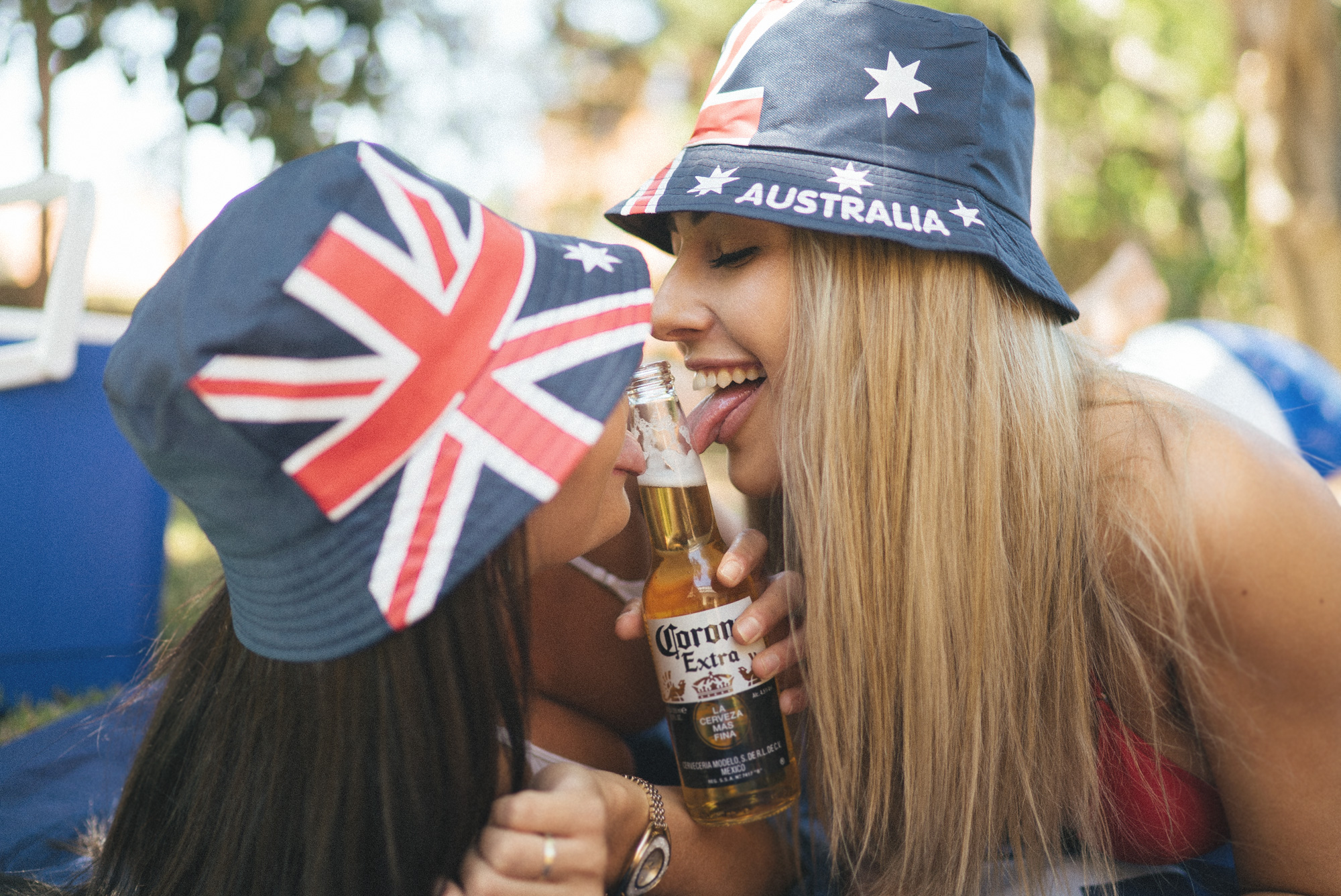 australiaday_babes_garden_shoot_justinfox_bottle_2