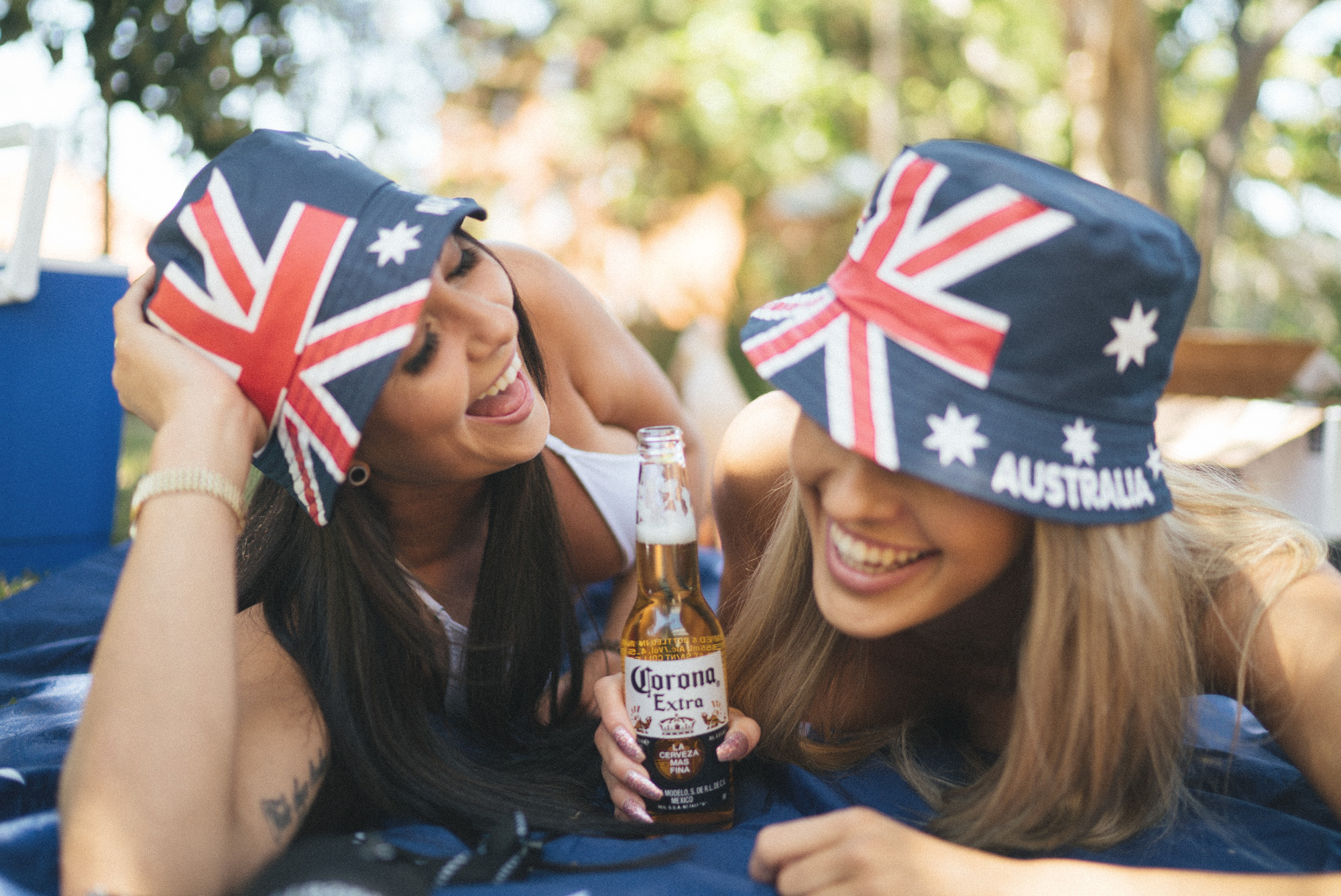 australiaday_babes_garden_shoot_justinfox_bottle_5
