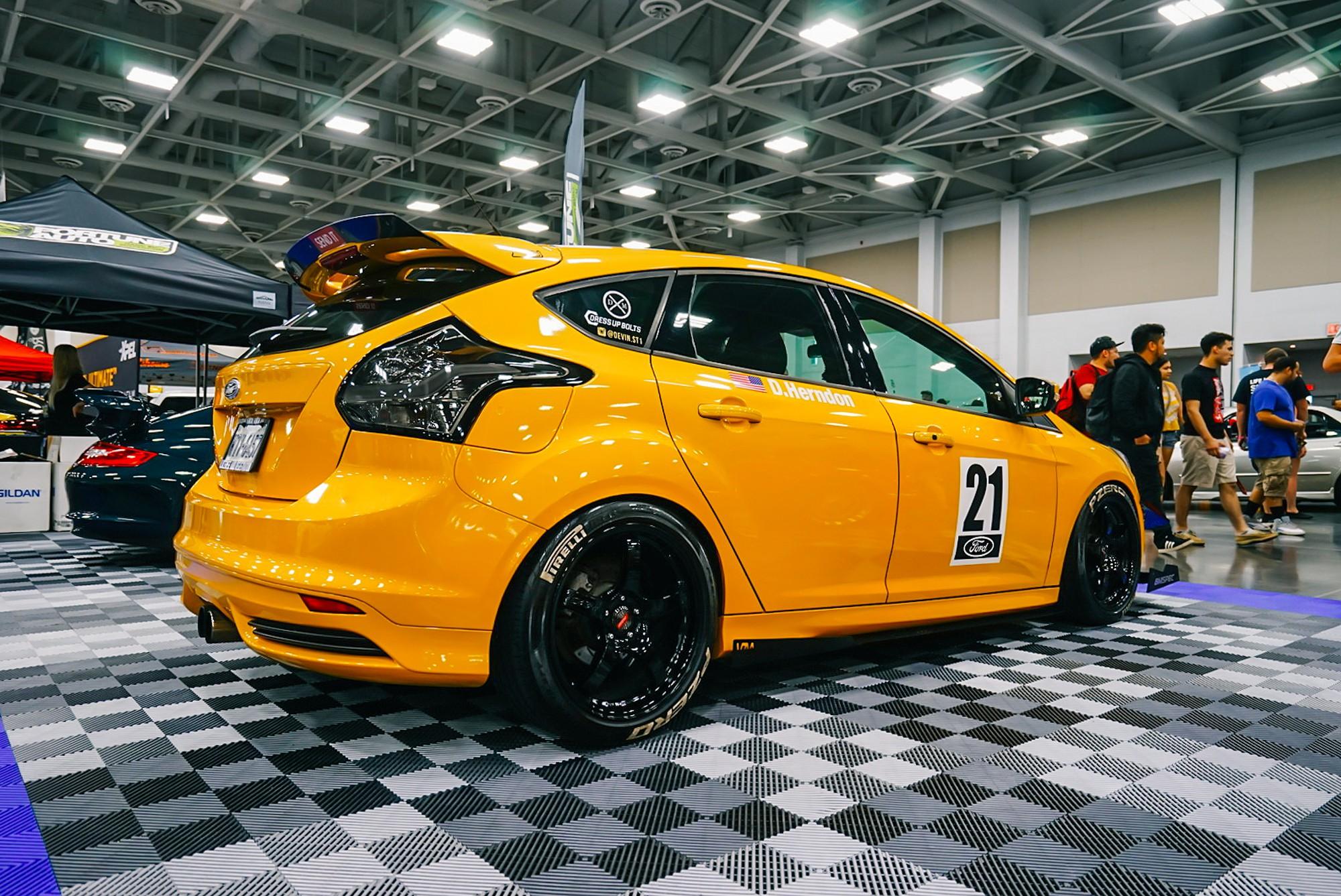 DSC05591 Zen Garage-