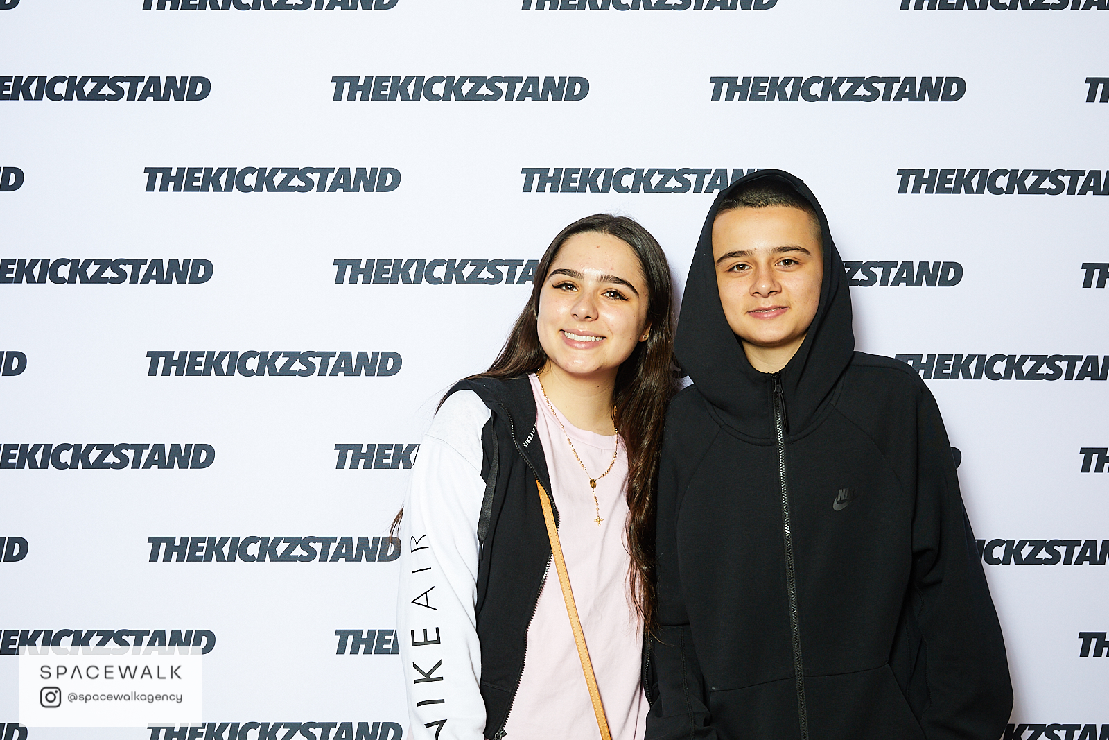 KICKZSTAND_BOOTH_028