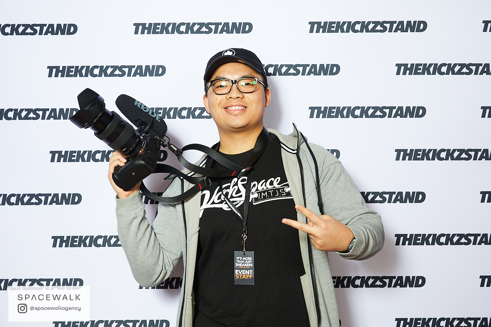 KICKZSTAND_BOOTH_031