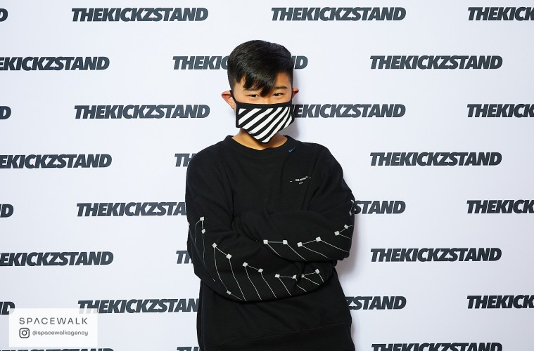 KICKZSTAND_BOOTH_034