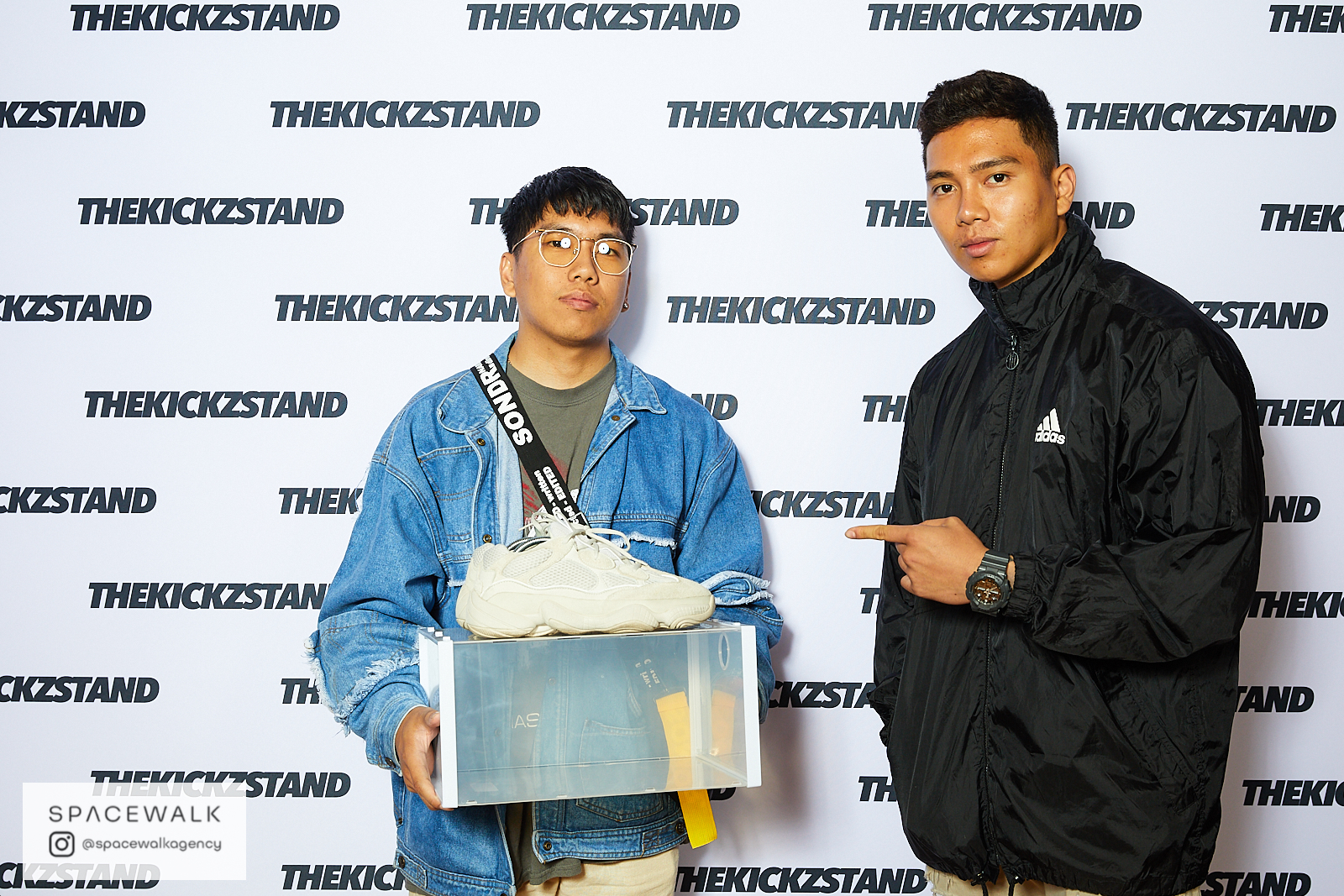 KICKZSTAND_BOOTH_035