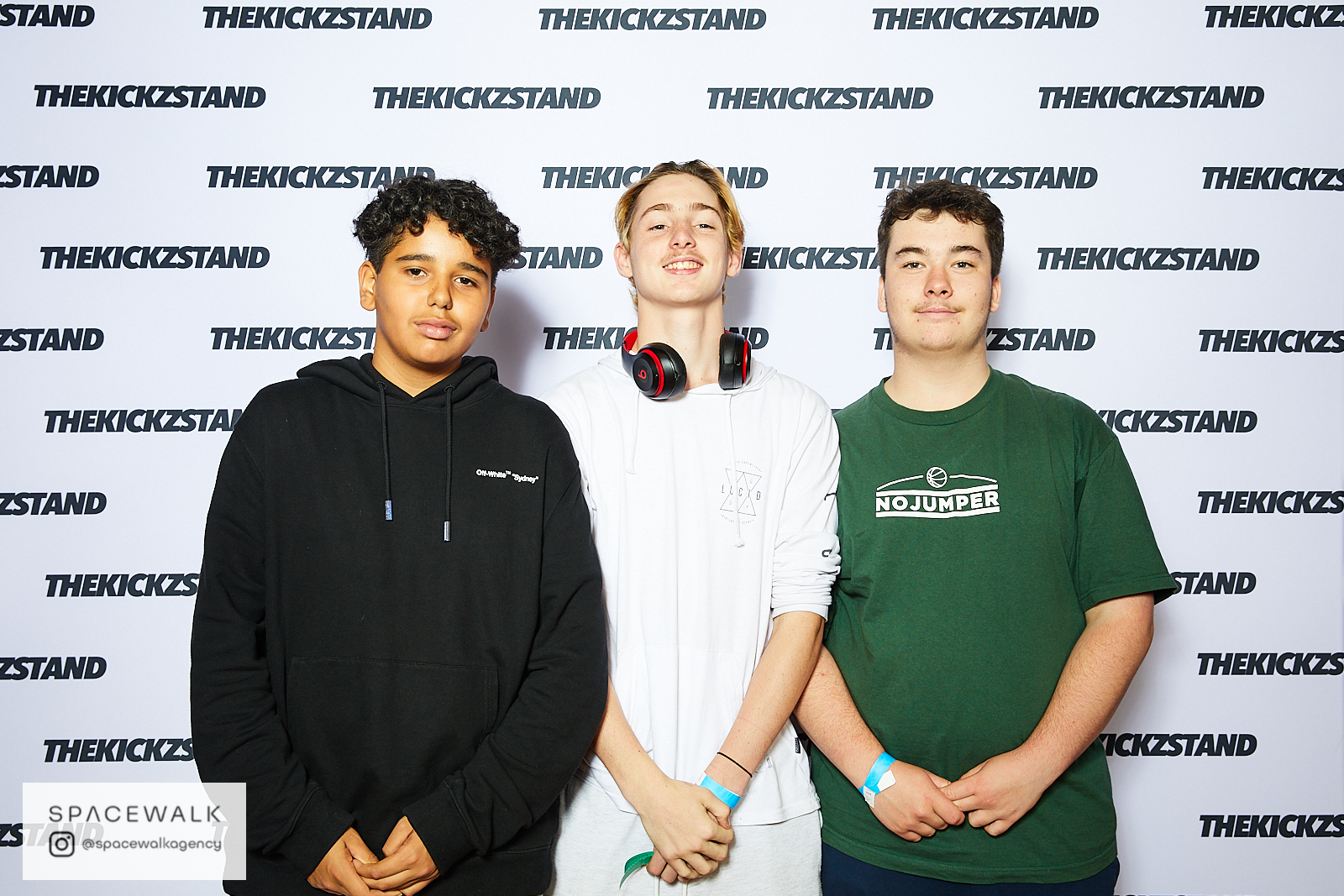 KICKZSTAND_BOOTH_037
