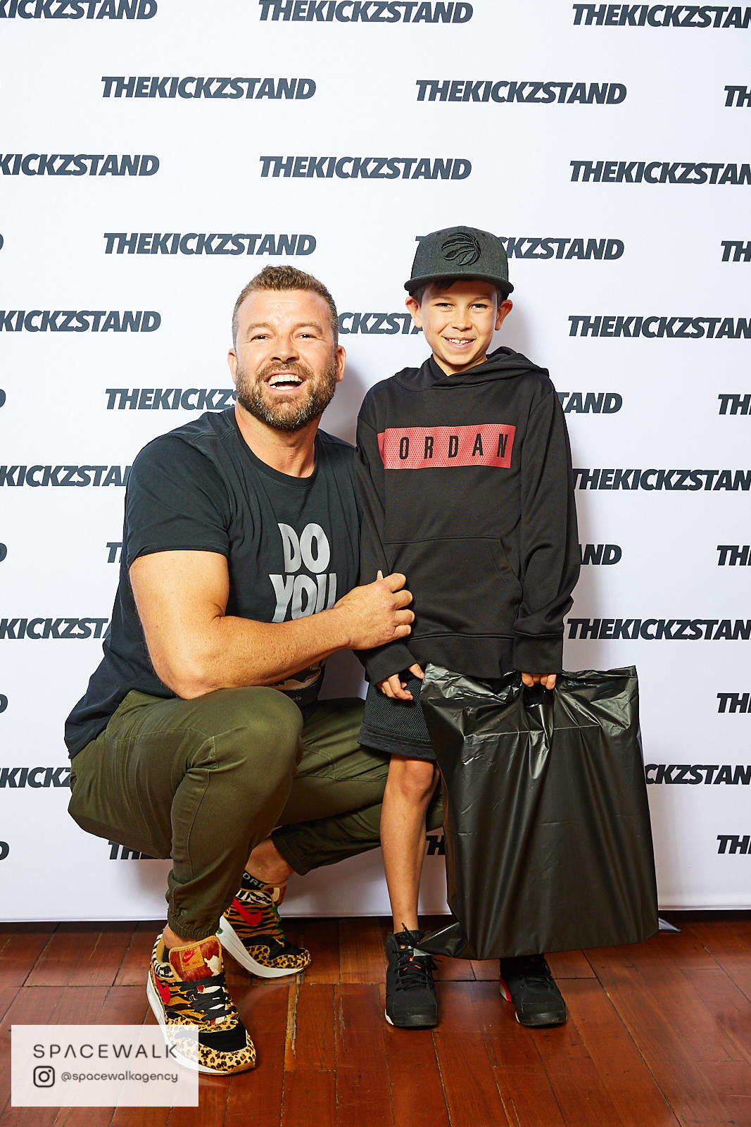 KICKZSTAND_BOOTH_039