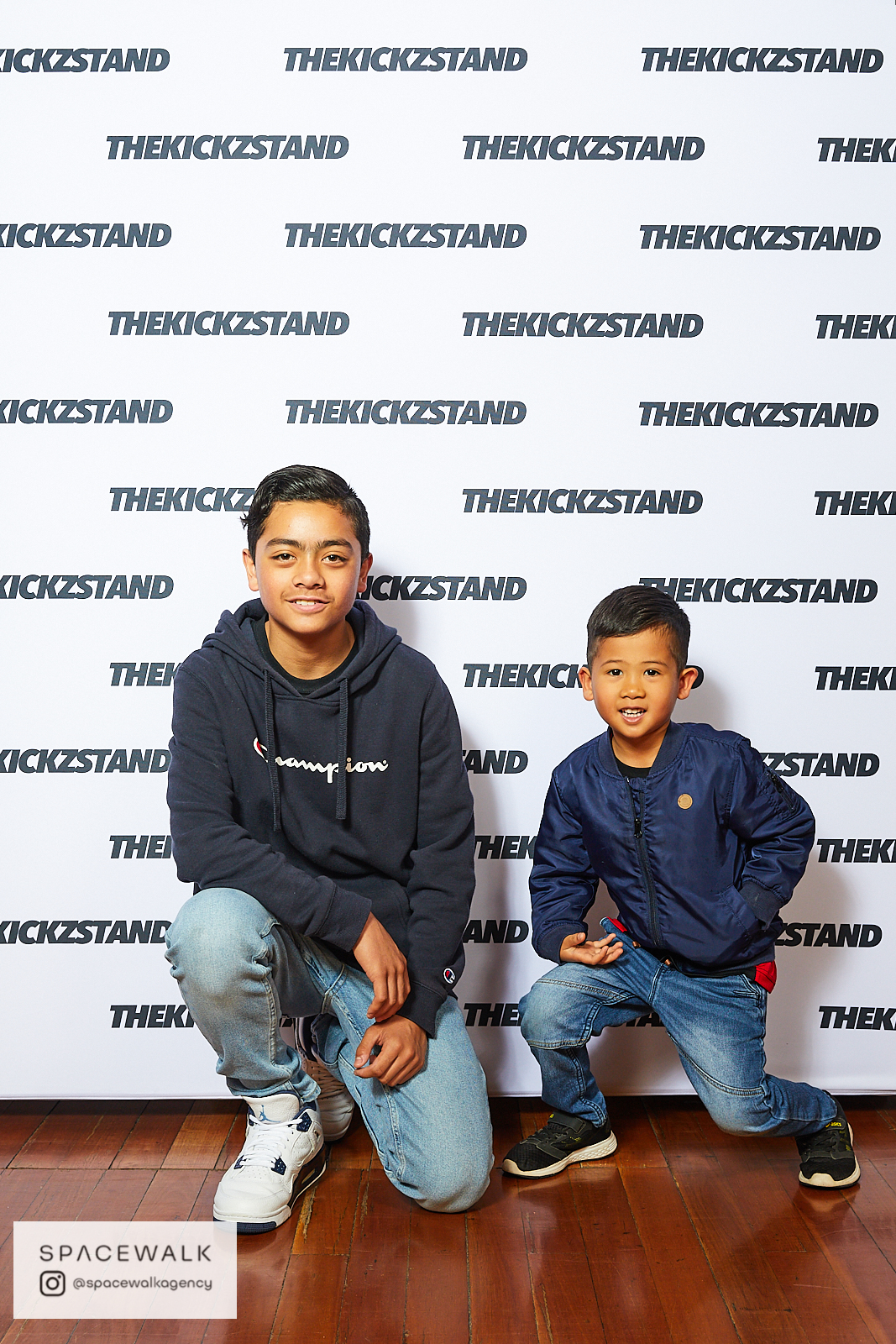 KICKZSTAND_BOOTH_041