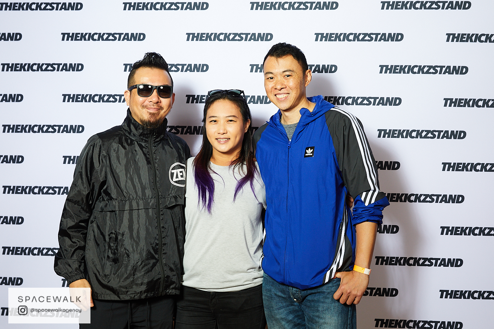 KICKZSTAND_BOOTH_050