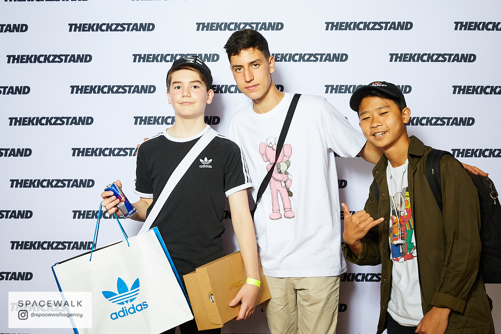 KICKZSTAND_BOOTH_053