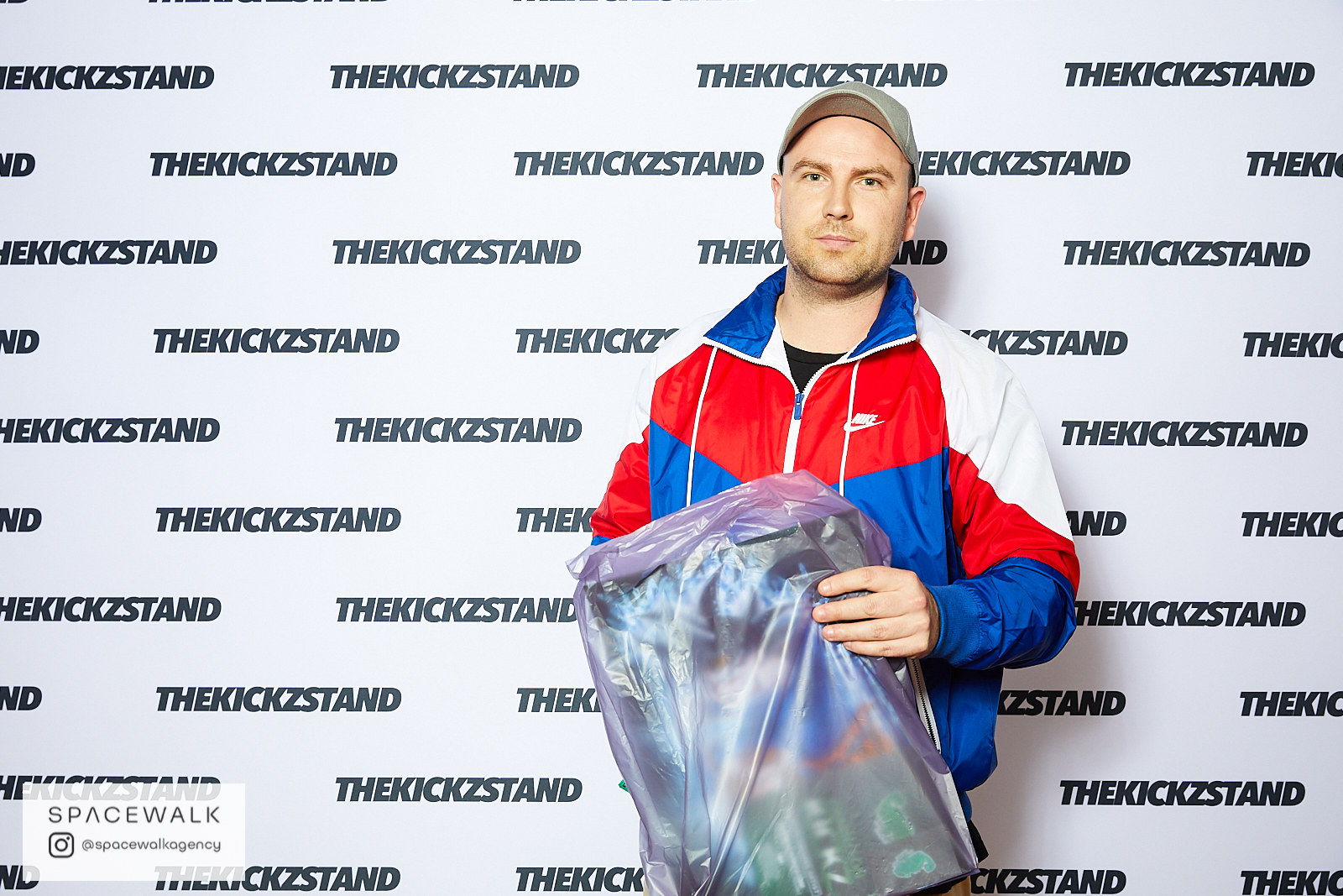 KICKZSTAND_BOOTH_068