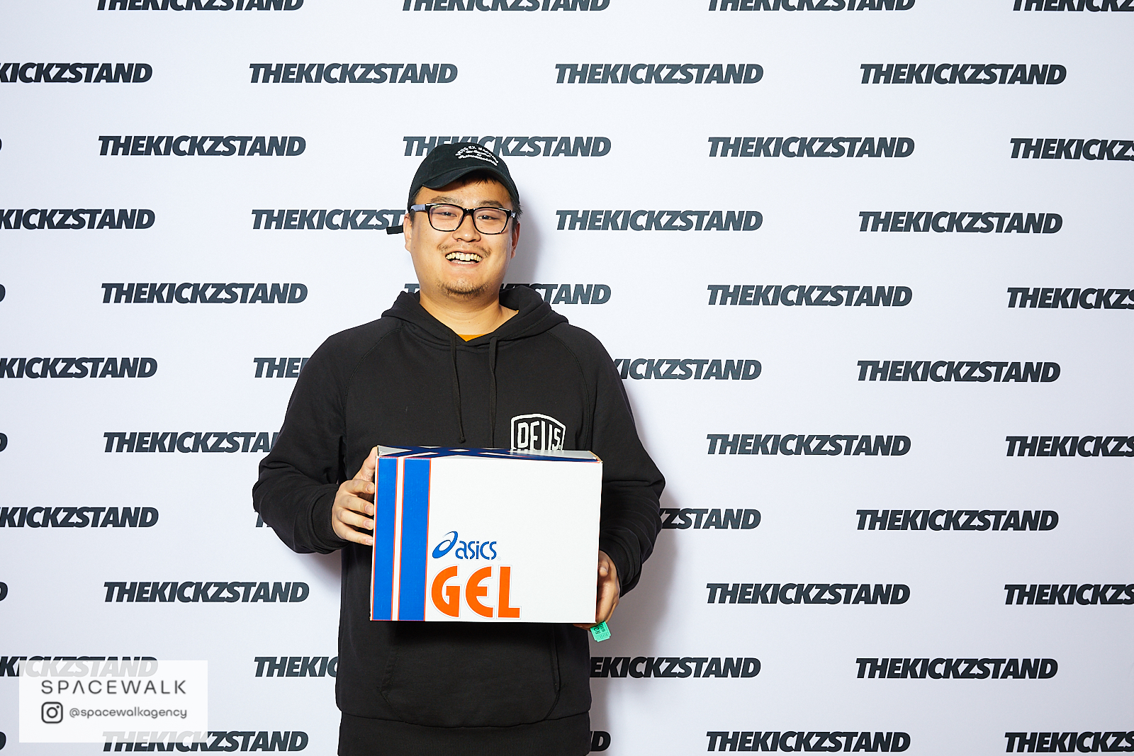 KICKZSTAND_BOOTH_072