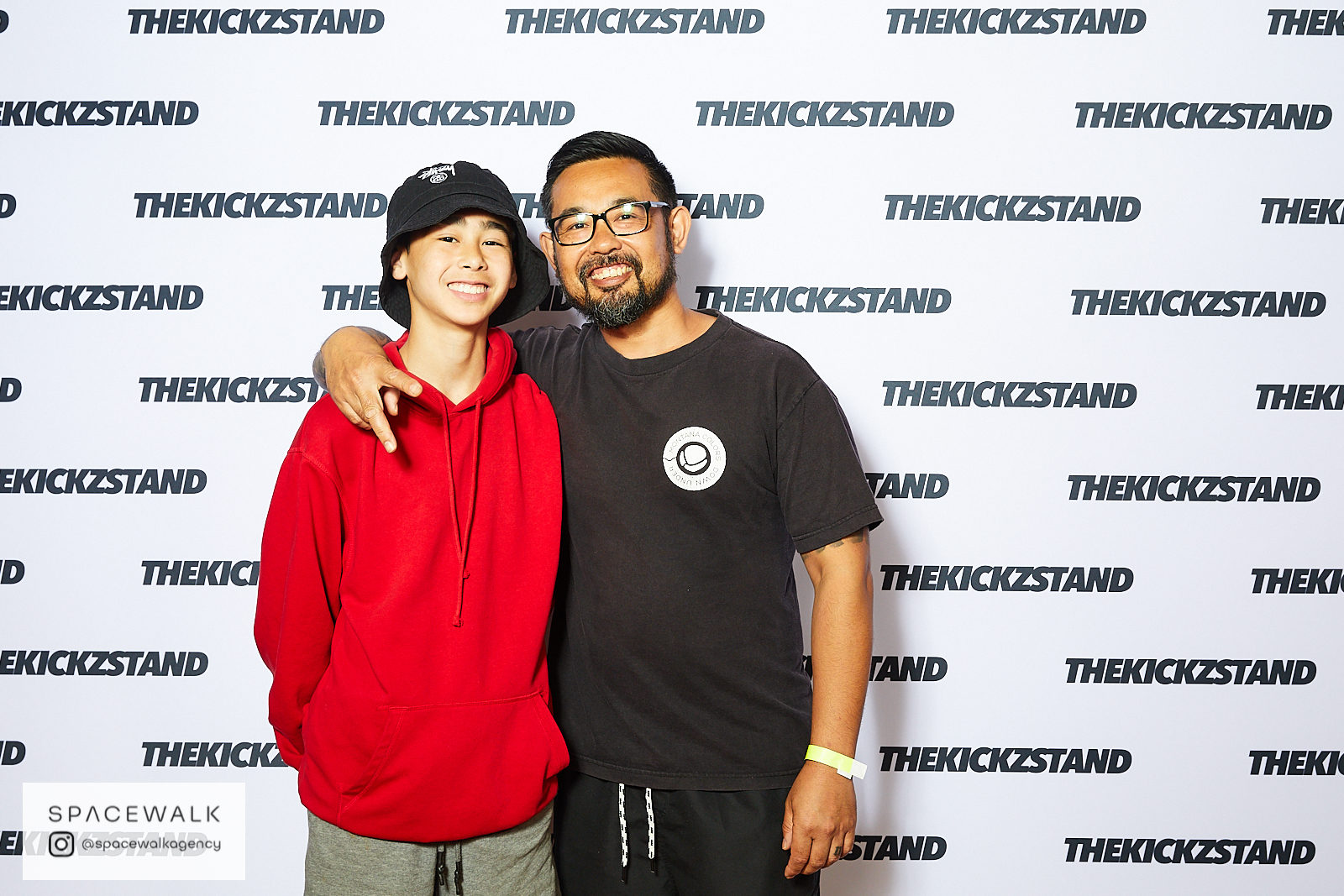 KICKZSTAND_BOOTH_074