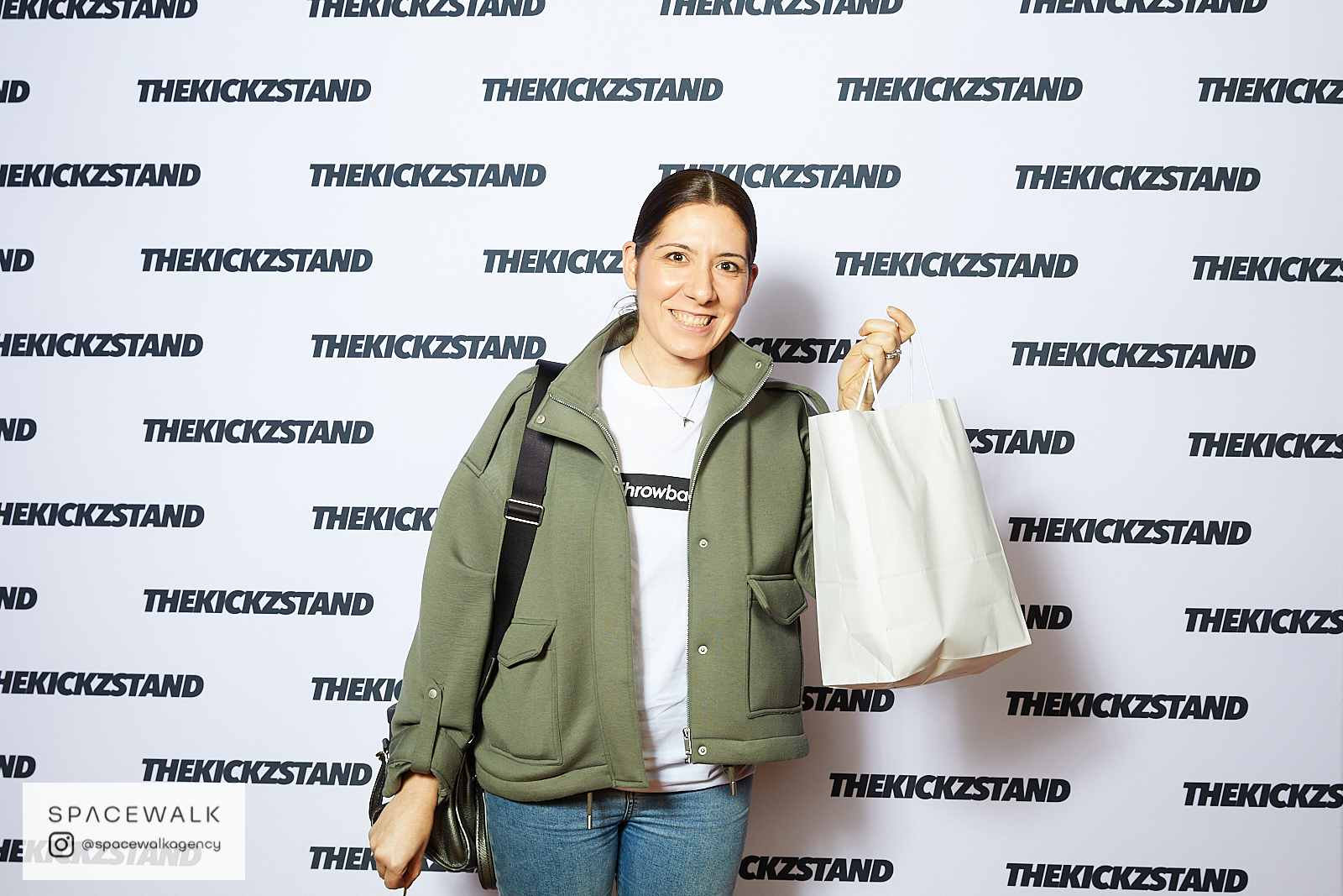 KICKZSTAND_BOOTH_093