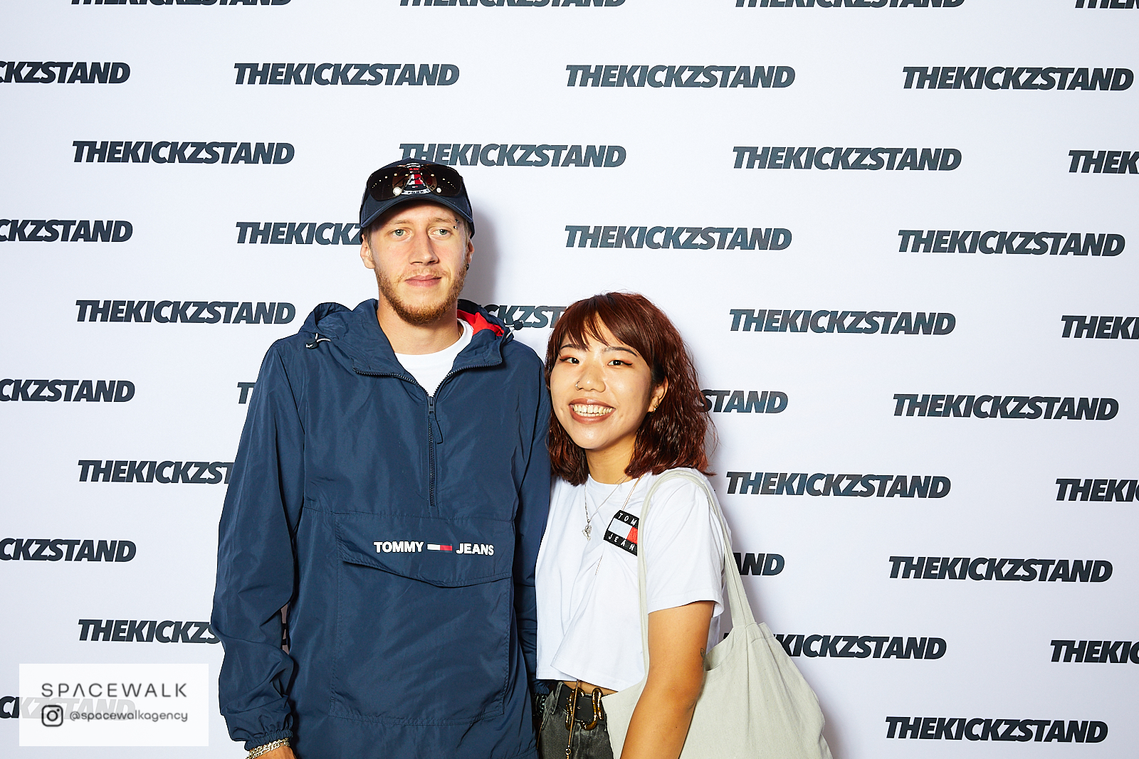 KICKZSTAND_BOOTH_098