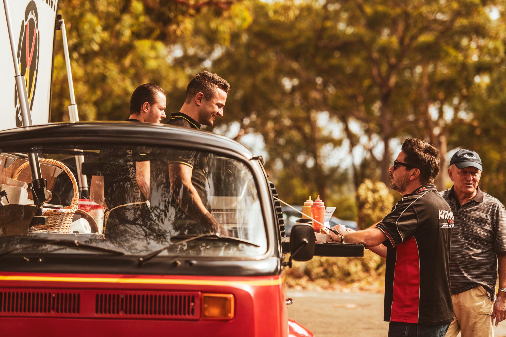 2019-12-08 - Porsches & Coffee 017