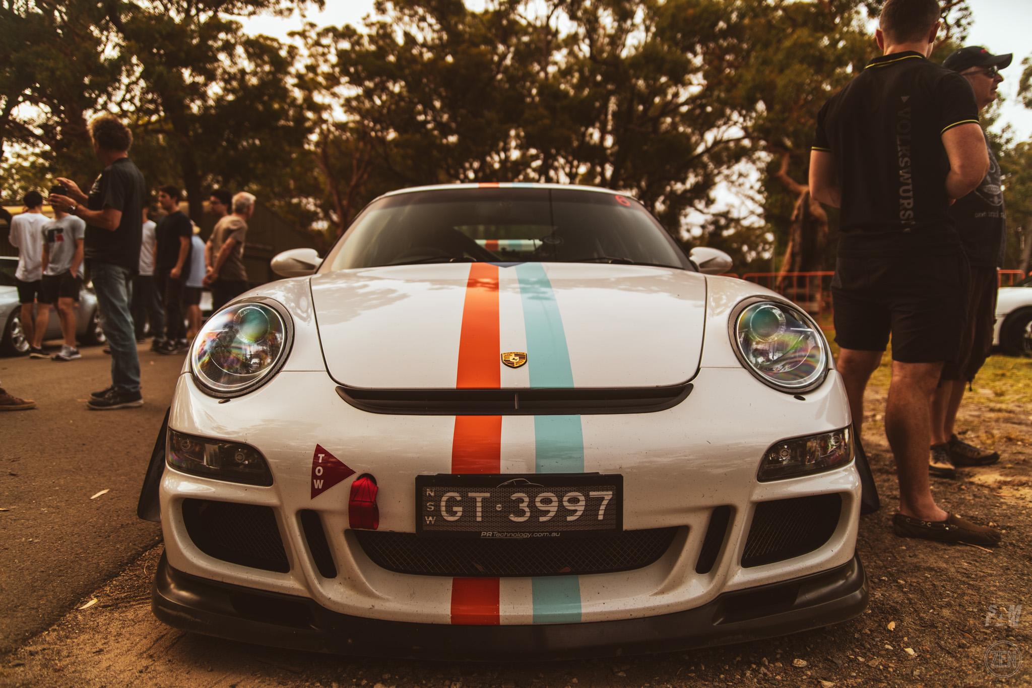 2019-12-08 - Porsches & Coffee 035