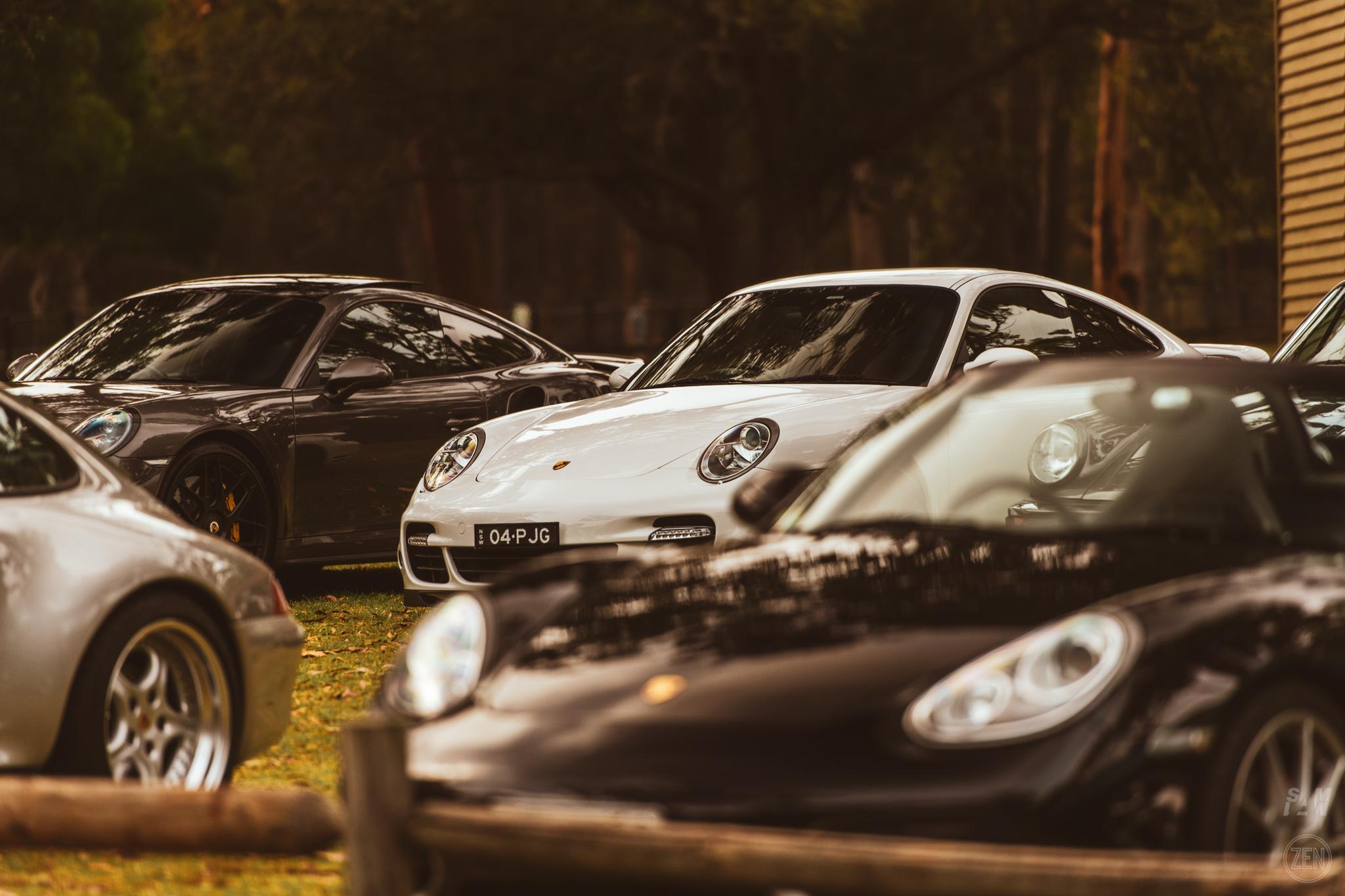 2019-12-08 - Porsches & Coffee 122