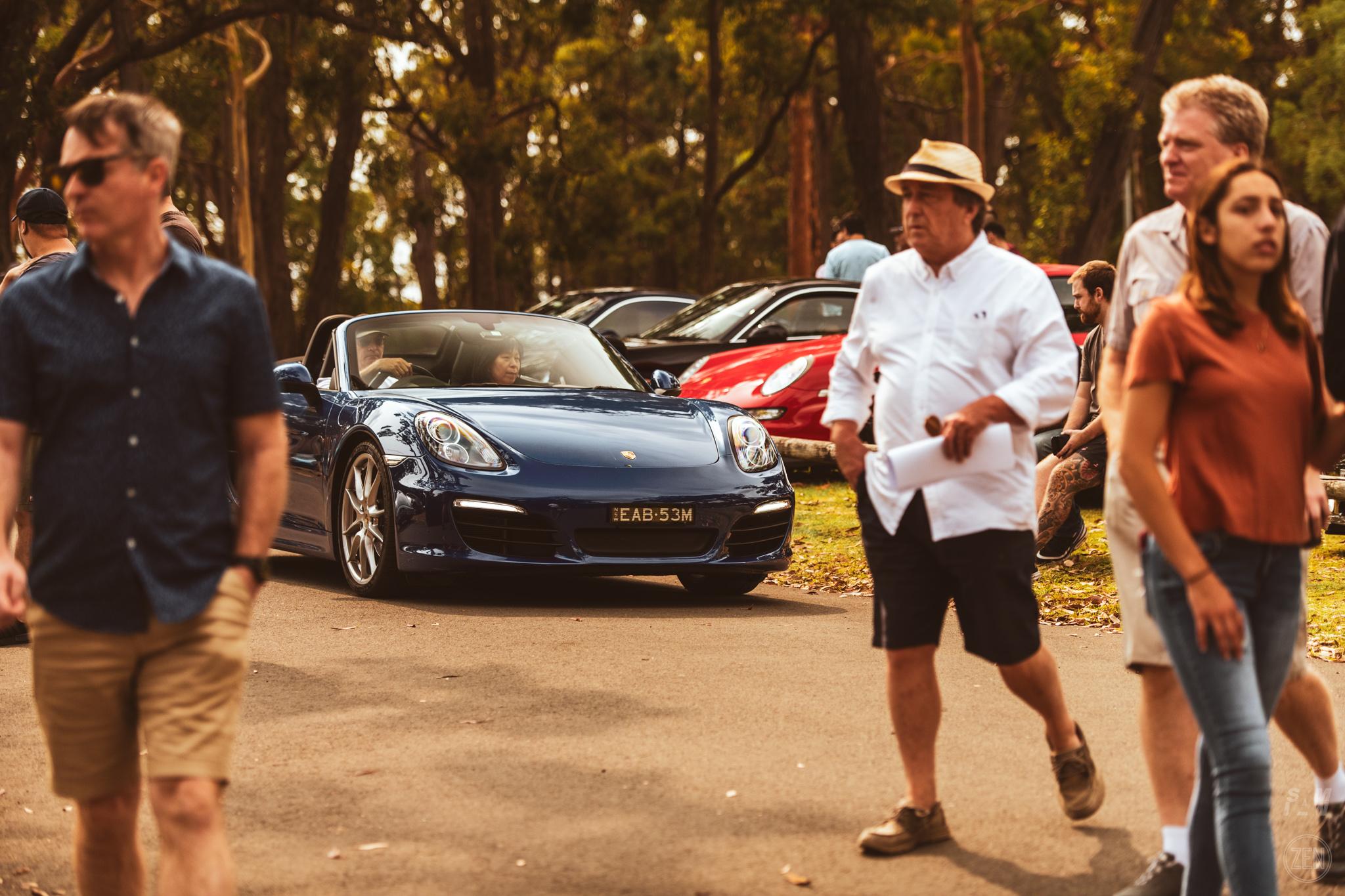 2019-12-08 - Porsches & Coffee 147
