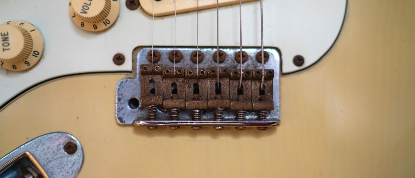 fender_squier_protone_mik_stratocaster_vintageblonde_02